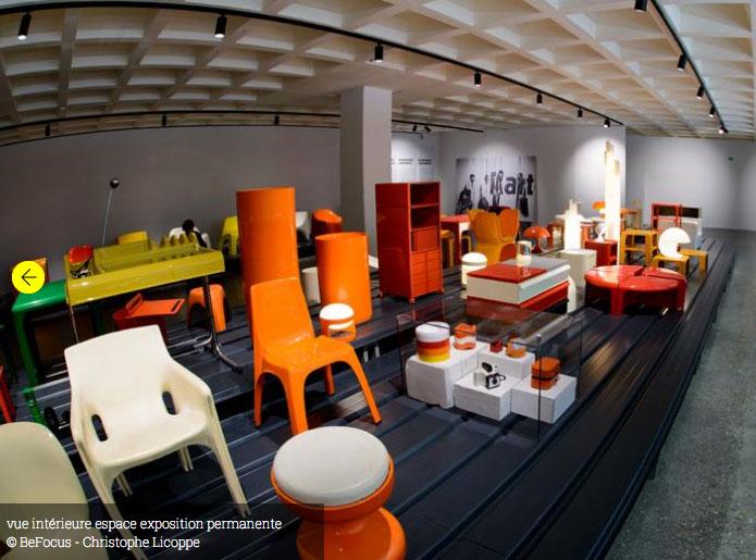 Esposizione permanente euratum sedia 4850 Giorgina Castiglioni